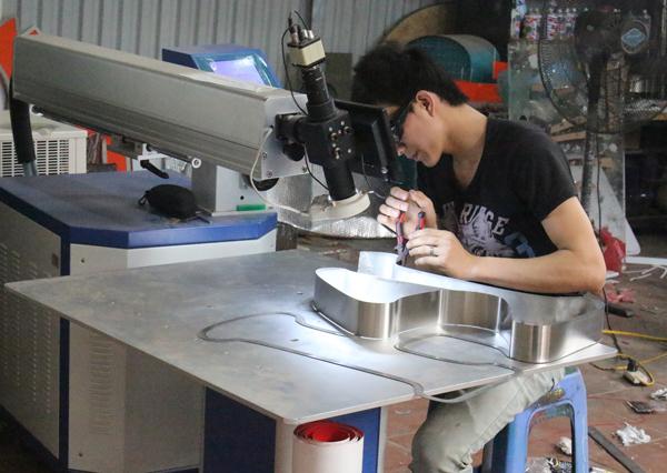 sản xuất biển chuyên nghiệp