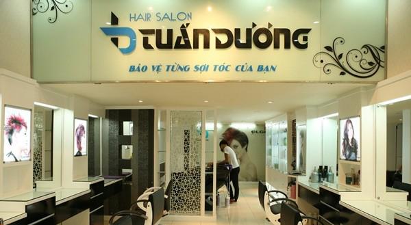 Làm biển quảng cáo salon tóc